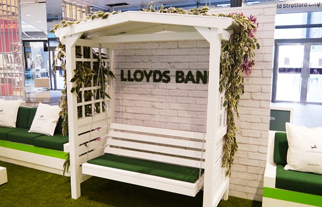 lloyds-swing