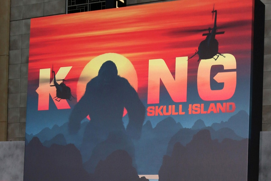 "LOS ANGELES - MAR 8: Atmosphere at the ""Kong Skull Island"" LA P"