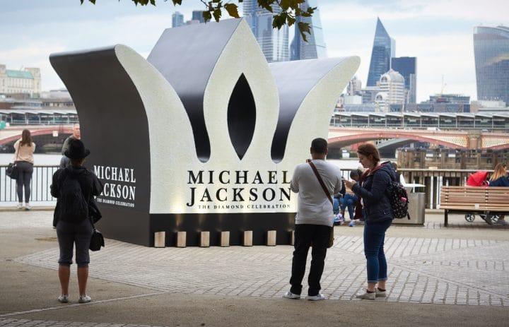 MJ__9374