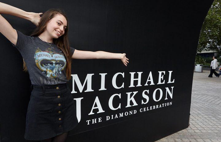 MJ__9719