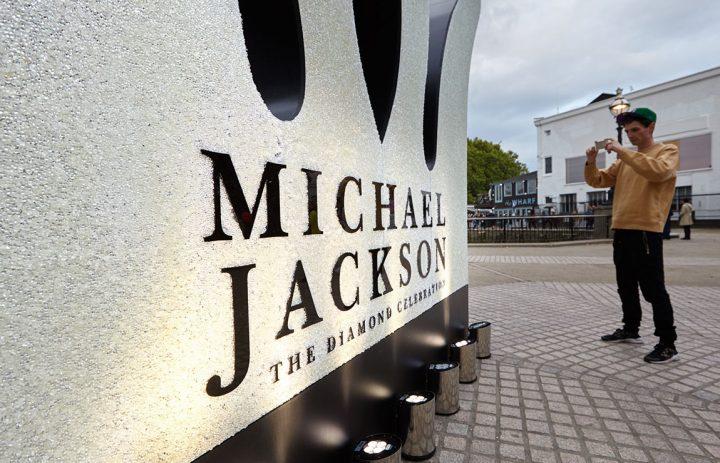 MJ__9973